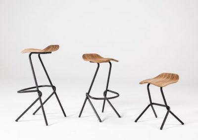 tabourets 3 hauteurs en acier et bois ergonomique